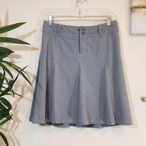 ATHLETA Whatever pleated gray skort size 6
